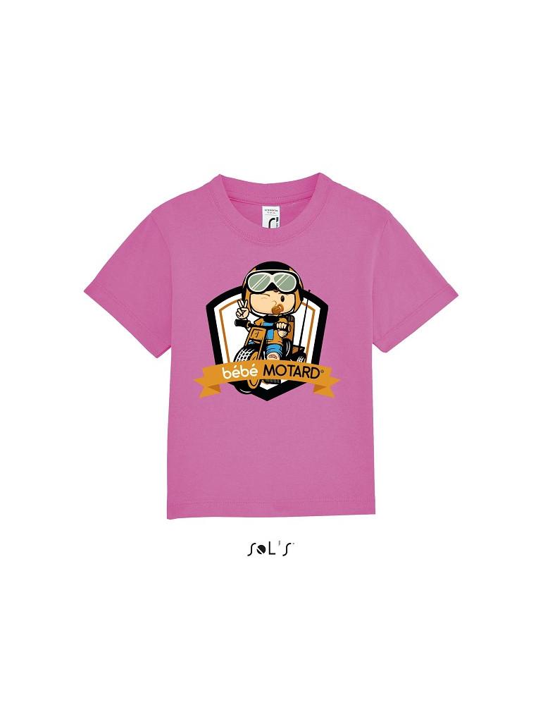 Tee-shirt Bébé Motard Mosquitos - vue de face avec le motif Tricycle jaune - couleur rose