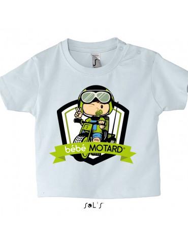 Tee-shirt Bébé Motard Mosquitos - vue de face avec le motif Tricycle vert - couleur blanc
