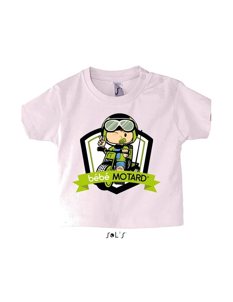 Tee-shirt Bébé Motard Mosquitos - vue de face avec le motif Tricycle vert - couleur rose pale