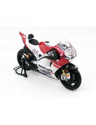 Modèle réduit Ducati Desmosedici MotoGP Dovizioso - vue avant droite